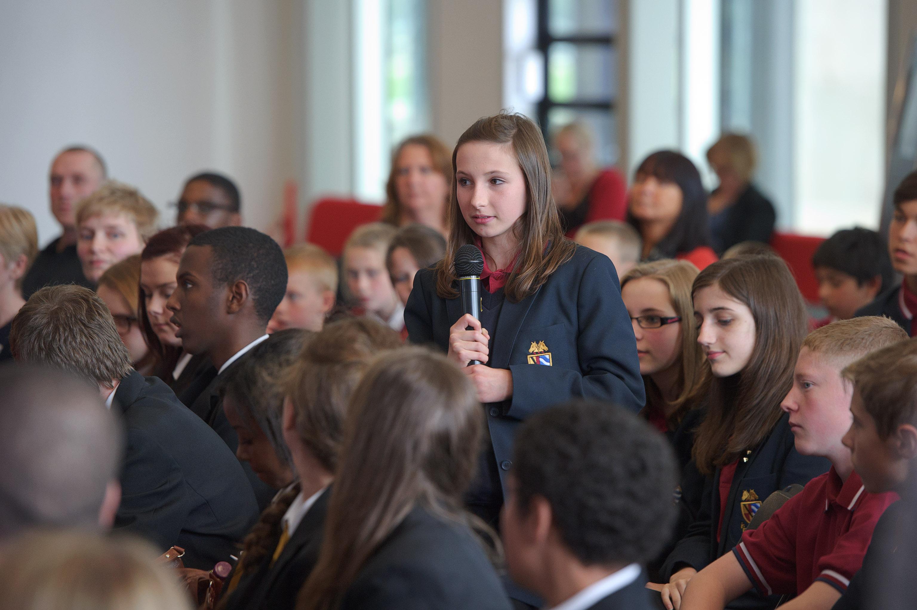 Quanto contano i giovani negli schemi della politica?